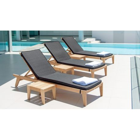 Roble Sunbed Side Table