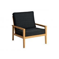 Roble Lounge Chair W. Charcoal Cush