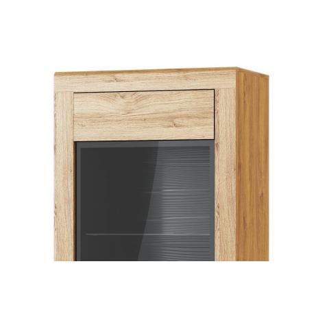 Kama 10 1-door display...