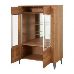 Latina 15 Two-door display cabinet