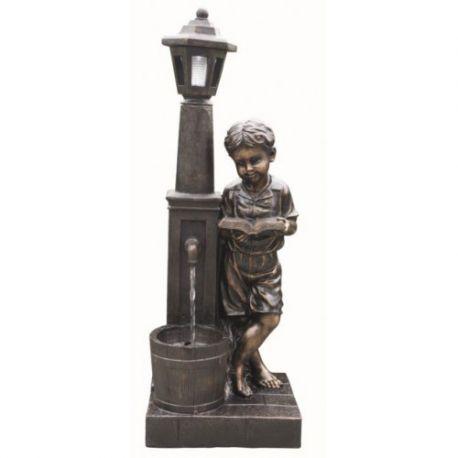 Fontanna, kaskada Boy Reading at Lamp 97cm