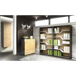 Книжный стенд